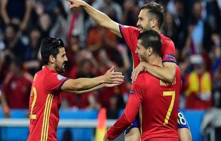 Испания с разгромом вышла в ПЛЕЙ-ОФФ.
