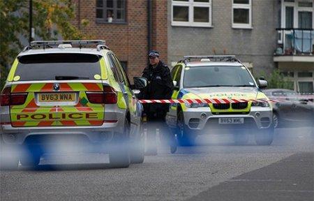 Вооруженный ножом мужчина атаковал людей в центре Лондона.