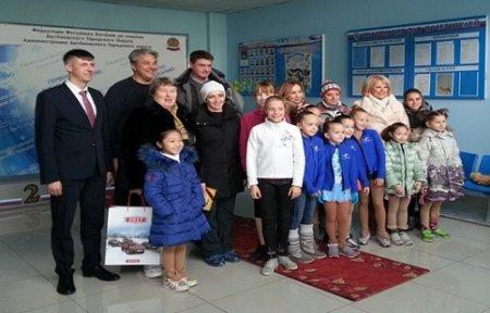 Федерация фигурного катания на коньках Артемовского городского округа принимала гостей.
