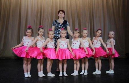 Творческий фестиваль «Артемовские звездочки» прошел в Артеме.