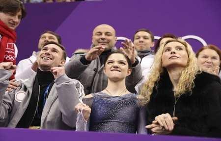 Российские фигуристы — серебряные призёры Олимпиады-2018 в командном турнире.
