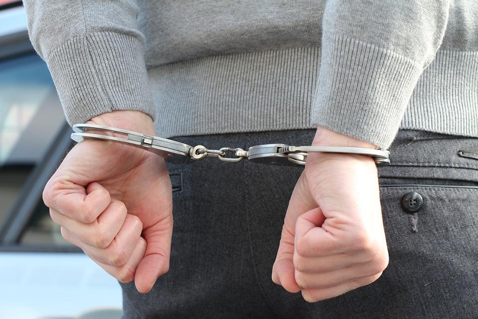 В Артеме завершено расследование по факту причинения смерти по неосторожности малолетнему.