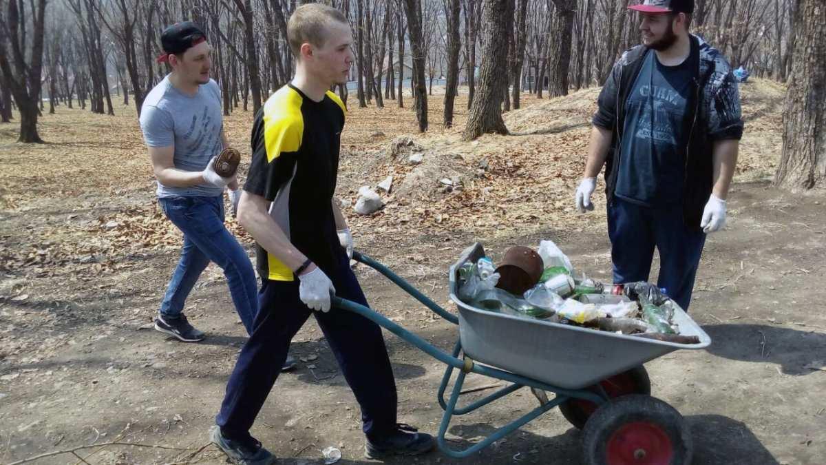 Диалог с эко-активистом из Артёма Семёном Сесёкиным.
