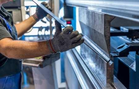 В Артеме запущено производство устойчивых к коррозии металлоконструкций.