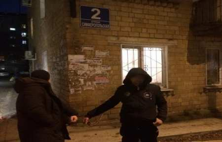 В Артеме задержан подозреваемый в серии краж на 400 тысяч рублей.