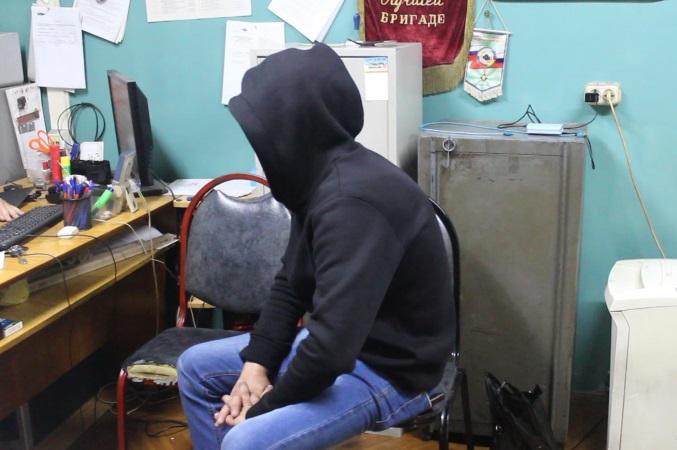В Артеме перед судом предстанет обвиняемый в ограблении пит-стопа